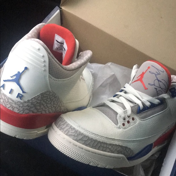 42bedd91d4e7 Air Jordan Retro 3 International Flight